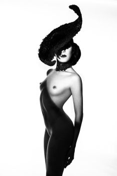 A Fashion Nude by IDiivil-Official
