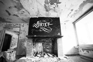 Urban Calligraphy Silence by sectiongraphix