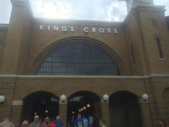 Kings Cross by Asashoumikugi