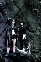 Chained together by xSan-chi