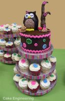 Owl and Buttons Cake with Cupcakes by cake-engineering