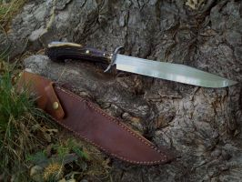 Frontiersman bowie knife by Wolfie-83