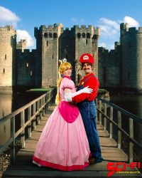 Peach's Castle 'Indy PopCon 2016' by BeCos-We-Can-Cosplay