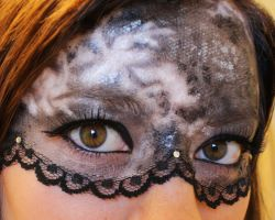 Lace Mask makeup by Groovygirlsuzy17