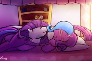 commission - snuggle with rarity by luminaura