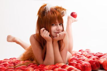 Nude Holo in apples - smile by Vesta777