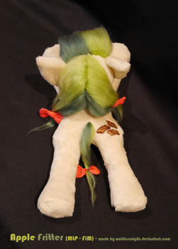 Apple Fritter Beanie Plush (back view) by Wolflessnight