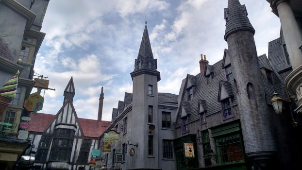 Wizarding World of Harry Potter (11) by xxtayce