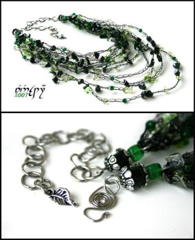 Darkgreen cobweb necklace by Faeriedivine