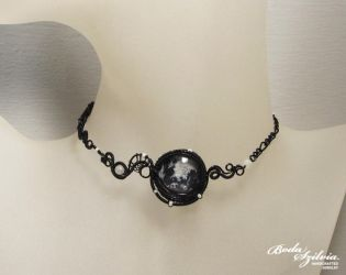 Gothic moon necklace by bodaszilvia