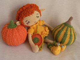 Pumpkin elf by Trisha-N
