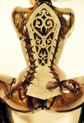Metal corset-back by Ugo-Serrano