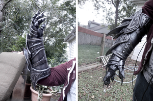 Daedric Gauntlets - Complete by Suoitnev