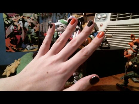 Spooky Nails Ooo by Fluffernubber