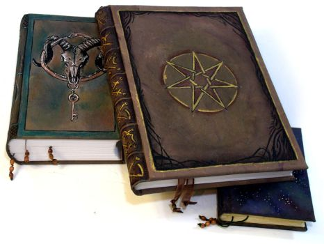 Tomes by AnnEnchanted