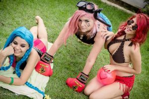 Poolparty Jinx, Vi, Ahri by VforVitoria