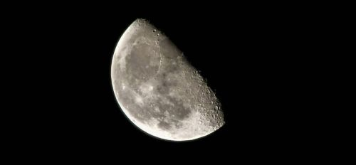 The Moon closeup by barefootphotos