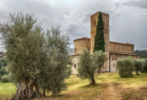 Abbey of Sant'Antimo 2 by CitizenFresh