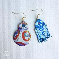 The Droids You're Looking For by TrollGirl