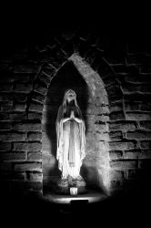 Mother Mary by gizmo-net