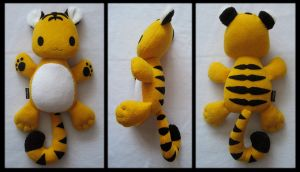 Plush Tiger by melkatsa