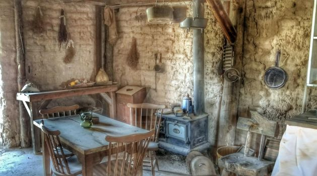 WWWC 7 Rustic Victorian by PhotosbyRaVen