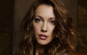 Katie Cassidy Dazzles Your Mind by Swagsurfer
