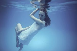 Under water by ownroom