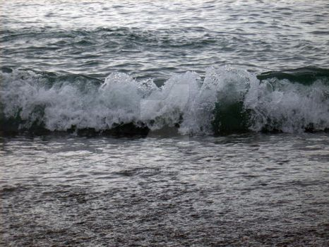 lace edged wave by Leyh