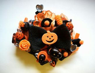 Pumpkin Witch Brooch by queenofexecutions