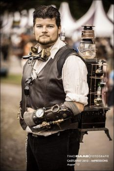 The steampunk man behind the steampunk woman by Firefly182