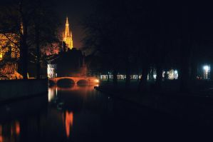 Night in Bruges by floppyrom
