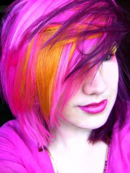 Pink, Yellow and Purple Hair by littlehippy