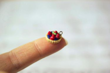 The Tiniest Fruit Tart by ChloeeeeLynnee97