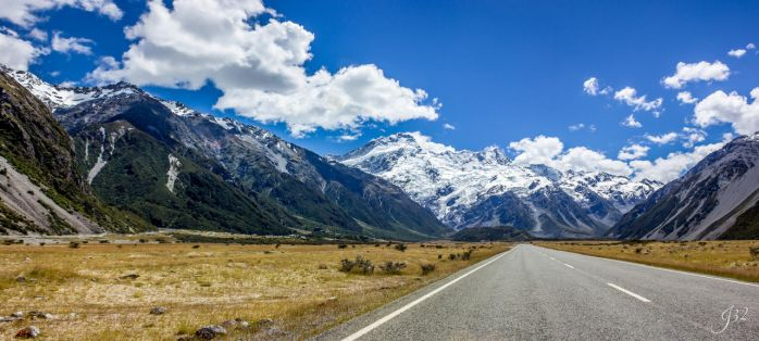 Aoraki Mount Cook National Park New Zealand by es32