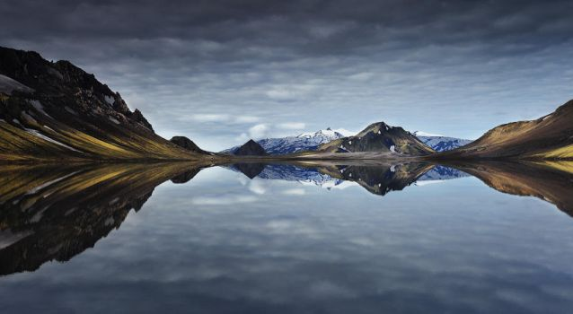 The perfect mirror by landscapes-flake