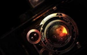 Through the lens by tadp0l3