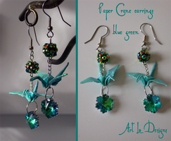 Opalescent Orizuru (green/blue/aqua) sold by ArtLoDesigns