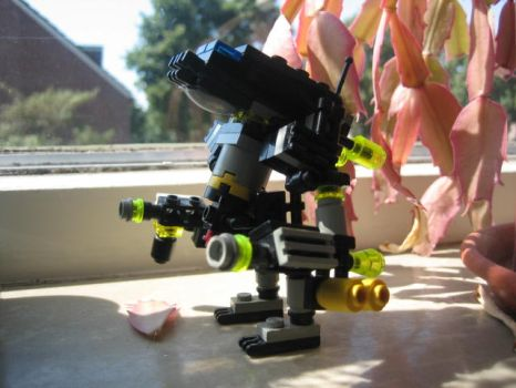the district 9 mecha suit lego by LoneyAngel88