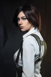 Juli Kidman 2 - The Evil Within cosplay by LuckyStrikeCosplay