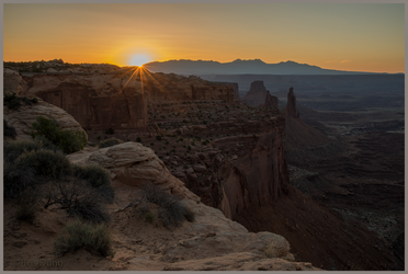 Not Mesa Arch by Pinedrop