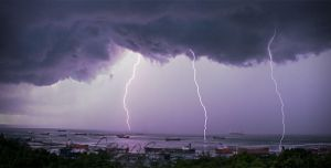 thunderbolt and lightning by bhawank