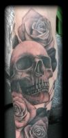 Skull and roses by state-of-art-tattoo