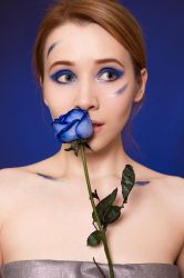 Roses are Blue by astelvert