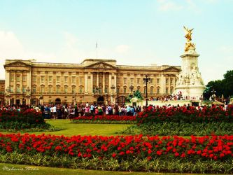 Buckingham Palace by Girl-Named-Memis