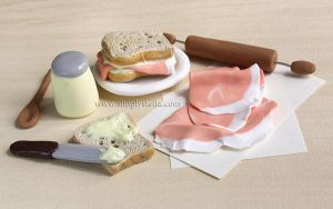 Making Sandwiches - Miniatures by thinkpastel
