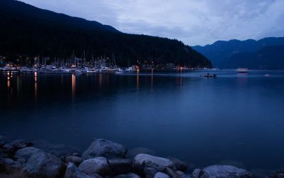 Deep Cove at Dusk by tch