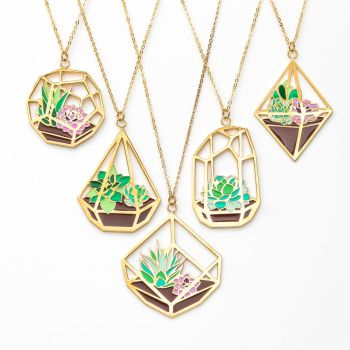 Terrarium necklaces by FrozenNote