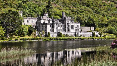 Kylemore Abbey by UdoChristmann