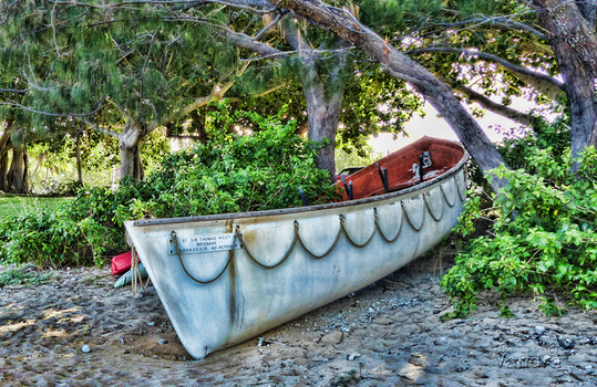 Beached Boat - photoseries 2 by vanndra